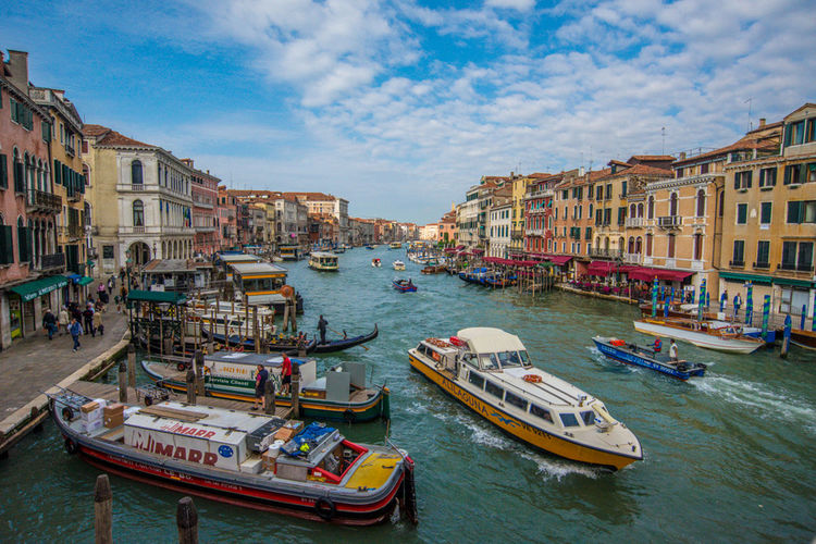 Gran Canale Architecture Boat Building Exterior Built Structure Canal City City Life Community Culture Gran Canale Mode Of Transport Nautical Vessel Outdoors Perspective Transportation Veneza Venezia Venice, Italy Water Waterfront