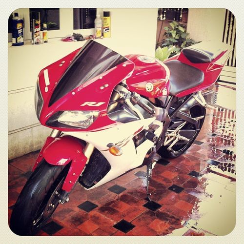 Yamaha R1 Beast Loud freeflowexhaust1000 cc170Hp