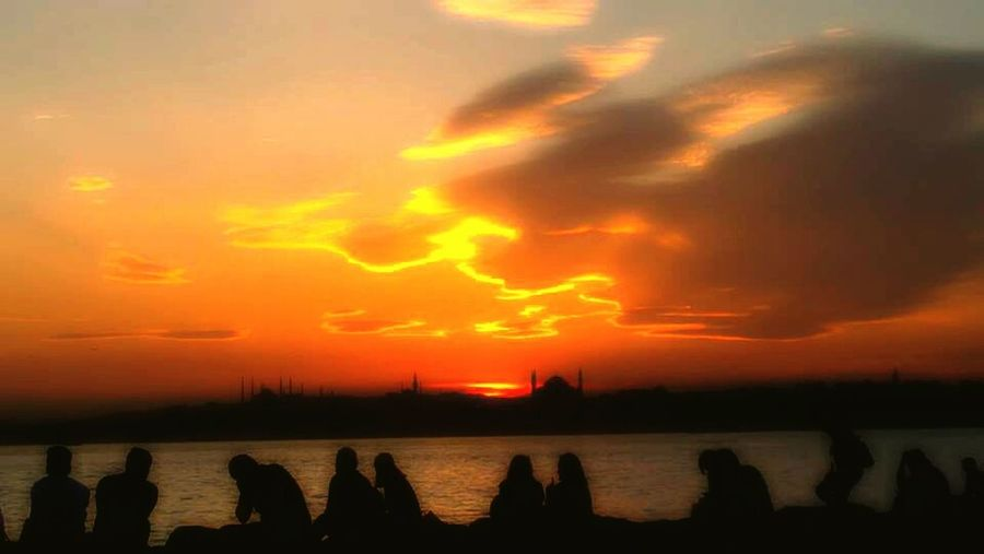 Turkey Istanbul Konstantinopolis Sunset Sunshine Hello World! Sea Nature Silhouette Water Sky Cloud - Sky People Outdoors Photooftheday Day EyeEm Best Shots Outdoor Photography Outdoors❤ Photography Freedom Picoftheday Sunlight My Year My View