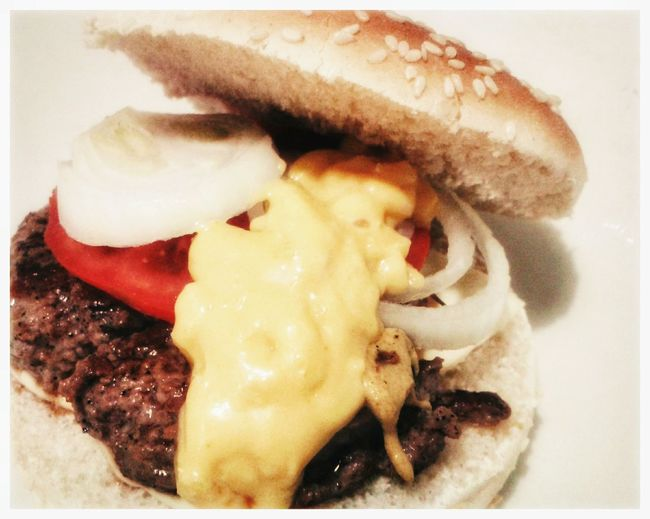 Cheeseburger. American Style American Food Panino Cheesebuger Hamburger Svizzera S3 Mini Smartphone Photography Android Photography Food Food And Drink Freshness Indoors  Healthy Eating Close-up Ready-to-eat No People