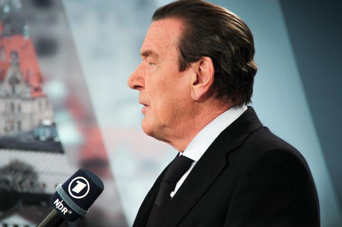 Gerhard Schröder; former Chancellor of Germany; SPD Ard Chancellor Germany Hannover Headshot Interview Person Portrait Schröder Spd