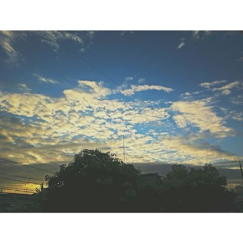 Goodmorning! cold breeze.. Lovesaturdays Clouds And Sky Mobile Photography