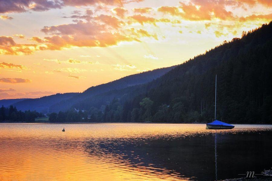 Schwarzwald Idyllic No People Outdoors Nature Water Lake Relaxing Moments Landscape Sunset Sonnenuntergang Segelboot Sailboat Sky Boot Reflection Titisee Titisee Lake Abendhimmel Abendstimmung Am See Abendsonne EyeEmNewHere