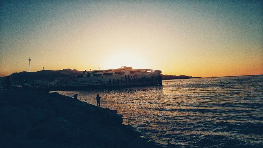 Gidenin çaresi yok , kalanları boşver. Summernight Marmara Sea Marmara Mudanya Bursa / Turkey Summertime Piiz  Ados ADOS Combo Mekanize