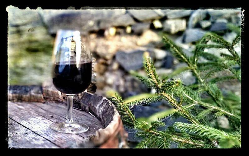 Bebendo um porto, ou melhor um vinho generoso... É natal :)
