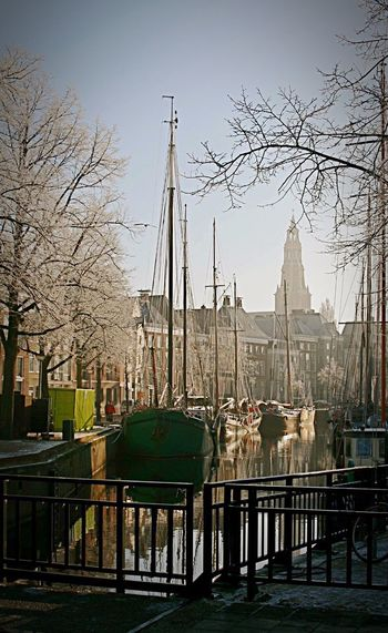 Groningen Winter Wonderland Winter Ships Oldschool Cityscapes Middleages Check This Out Light And Shadow Urban Landscape