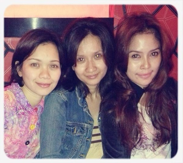 Another pic, in the same place. Me, Angela & Ripi..