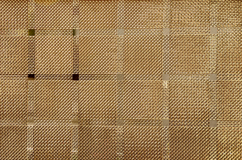 [ maschengold ] - Minimalism Minimal Minimalistic Minimalmood Architecture Backgrounds Brown Built Structure Close-up Closed Day Design Detail Full Frame Metal No People Pattern Maschendraht Textured  Wall Wall - Building Feature 17.62°