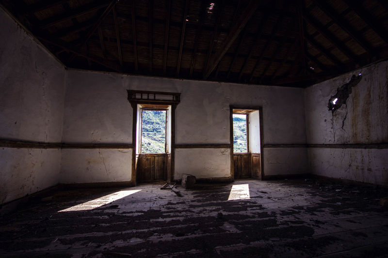 Abandoned Places Architecture Canarias Islas Canarias Lugar Abandonado Abandoned Architecture Built Structure Desolate Domestic Room Hidden Places Indoors  Old Ruin Places Window
