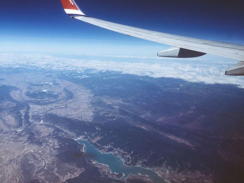 ✈️🌎 Traveling