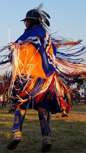 Pow Wow Dancer Pow Wow Fancy Dancer Pine Ridge Reservation Traditional Traditional Dancing Traditional Festival Traditional Culture Beauty In The Life Full Length Headwear Men Sky Grass Traditional Dancing