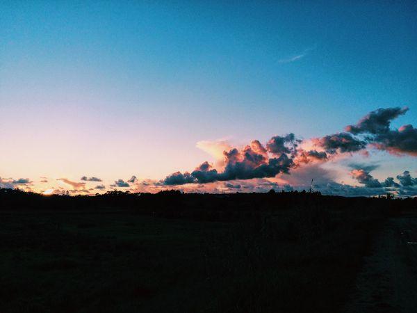 Sky. Hello World Sunset Sunset Silhouettes Sunset #sun #clouds #skylovers #sky #nature #beautifulinnature #naturalbeauty #photography #landscape Sunset_collection Sunsetporn