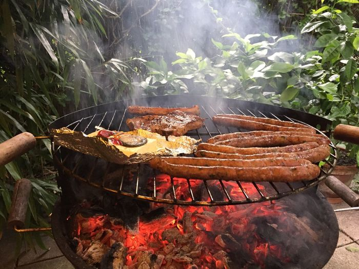 Grillen Mit Freunden Grillen & Chillen Barbecue Grill Barbecue Grilled Meat Smoke - Physical Structure Coal High Angle View Outdoors Food Day Food And Drink No People Sausage Heat - Temperature Freshness