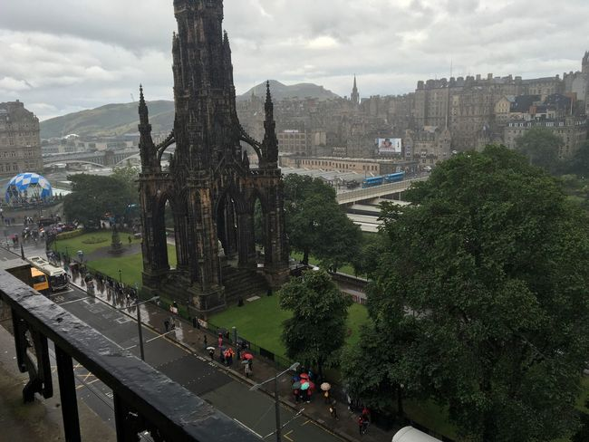 City Rainy Day Rainy Scott Monument View Clouds Grey Clouds