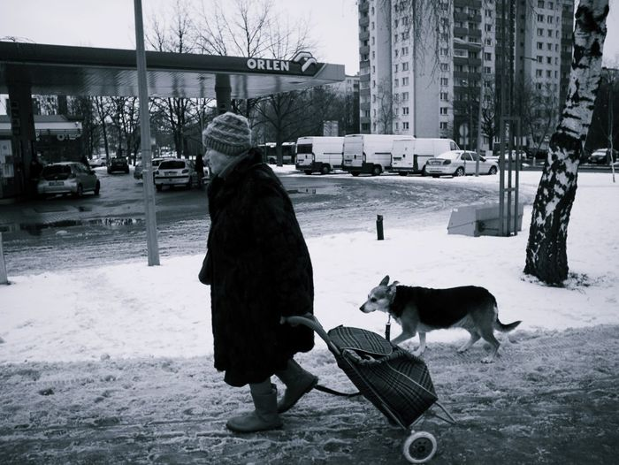 Real Life Winter Snow Street Oldwoman Real People My Point Of View My Photography Eye4photography  LUMIX DMC-GX7 Eyemphotography Eyem Gallery Lomography Outdoors Cold Temperature Olympus Lens 15mm/f.8 Blackandwhite Photography Street Photography Fotography
