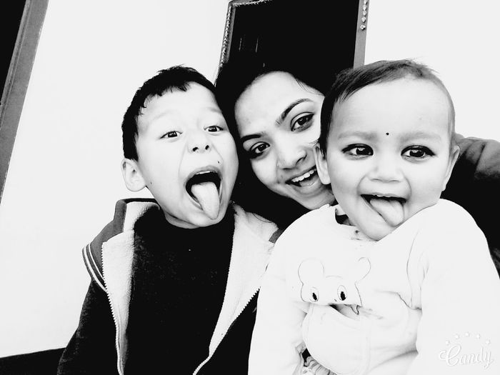 Groupie Sweet♡ Cute Baby Sweet Child Mimicry Blackandwhite Soo cute ... ! Lop my Nephews ! 😍😍😍 Hello World