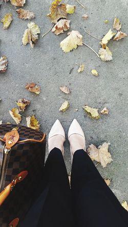 /fashion girl/ Shoe Autumn Outdoors Bag Fashion Look Heels Girls Girlpower Fashion Photography Beautiful Woman Love It Standing Amazing Croatia Beauty In Nature a