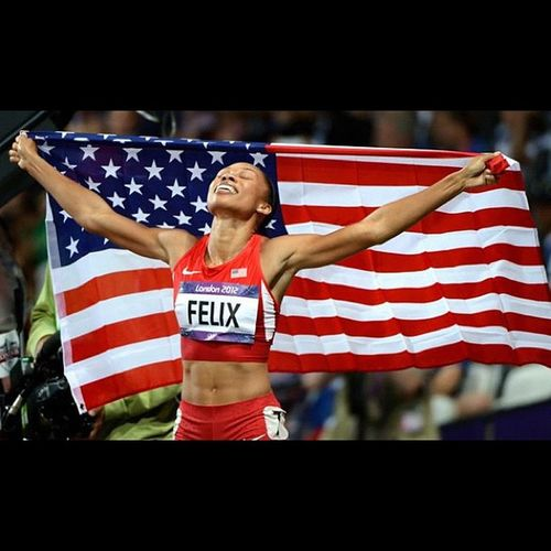 Congratulations AllysonFelix for becoming the first American woman to win the 200m Gold since 1992!!! Teamusa 2012olympics