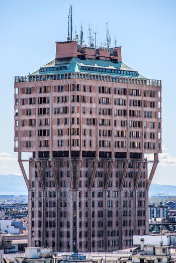 Velasca Tower an old skyscraper in Milan Italy Torre Velasca Skyscraper Milan Milan Milano Italy The Week On EyeEm Architecturelovers Milan Italy Architecture_collection Urban Milan,Italy Travel Destinations Tower Skyscraper Cityscape City Building Exterior Architecture Milano Archilovers Architectural Detail Outdoors Urban Skyline Day