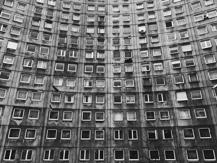 Building Vscocam Blackandwhite Photography Black & White Black And White Blackandwhite Full Frame Architecture Building Exterior Low Angle View Day Backgrounds Outdoors No People Built Structure City