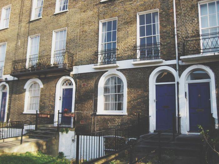 London Lifestyle Houses Flats Doors Blue City