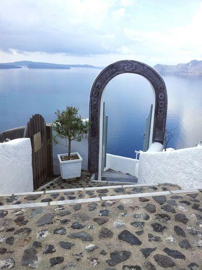 la porte de Santorini Mer Bleue Grece