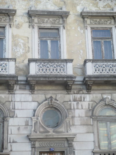 #closed #deterioration #old Ellegance #old Style #old Wall #old Windows #round Windows #terraces Architectural Style Architecture Building Exterior Built Structure City Day Decay Getting Old Lisbon Low Angle View No People Old Old-fashioned Outdoors Round Window Time Passes By Window