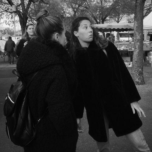 fleamarket Streetphoto_bw Streetphotography Plainpalais Blackandwhite Geneva Woman Switzerland