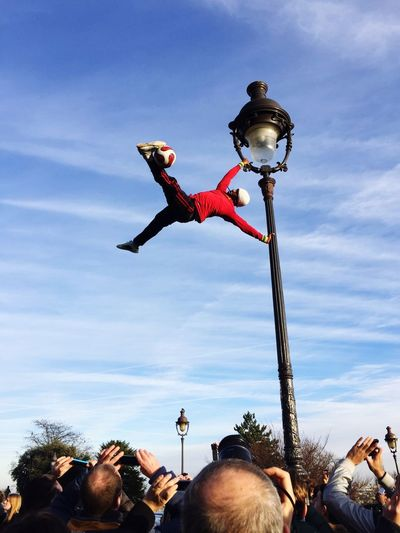Montmartre Acrobatics
