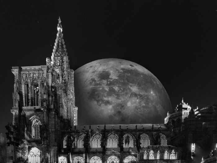 Night Moon Astronomy Outdoors Sky Building Exterior Architecture No People ArtWork