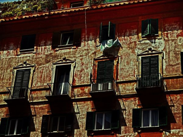 The Traveler - 2015 EyeEm Awards Rome Roma Travel Photography Taking Photos Travelling Italy Urban Decay Aged Beauty Architecture