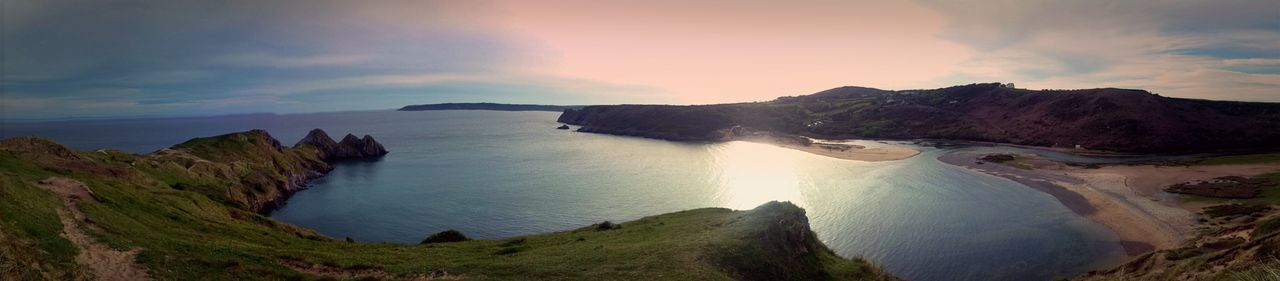 Three Cliffs Bay Southgate Gower Coastal Coastal Walk Coastal Views Coastal Path Sea Seascape Sea_collection Sea Life Gowerpeninsula Gower Peninsular South Wales Gowercoast Cliffs Bay Blue Colourful Colours Of Nature Home Hanging Out Hello World