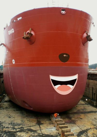 A ship at spain, santander dry dock. Ship Shipping Docks EyeEmNewHere Art Is Everywhere Smiling Ship Irresistible Megastructure Huge Smile