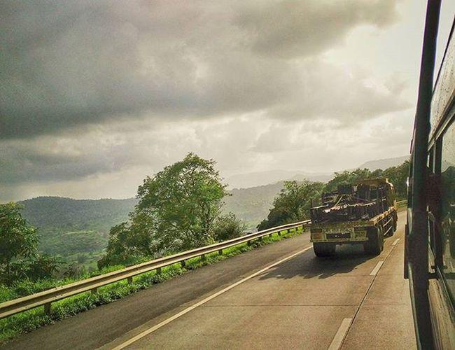 Mumbai Pune Incredibleindia Instatravel Instadaily Instagood Express Highway installike