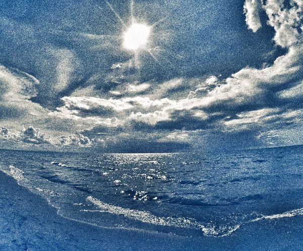Blue heat. EyeEm Phillipines Eyeem Nature. Snapseed WheninPh Pangasinan EyeEmsummer Hdr Edit