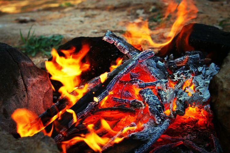 Camping Fire Burning Enjoying Life weekend family outing