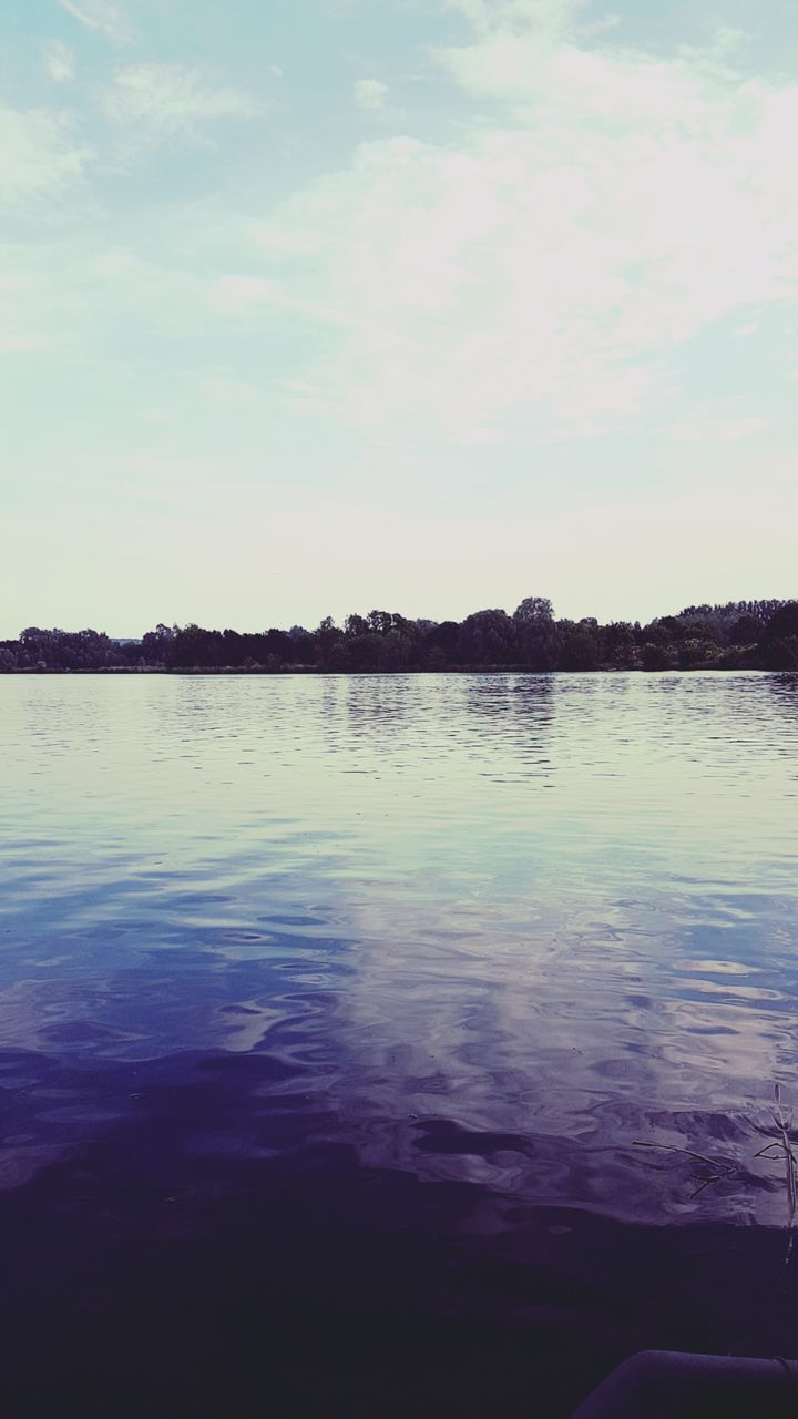 water, nature, tranquility, beauty in nature, lake, scenics, reflection, tranquil scene, no people, sky, outdoors, cloud - sky, day, tree