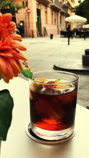 Vermouth La Hora Del Vermut Orange Flower City Life Drink Time Drinking Glass Street Life Vermouth Barcelona