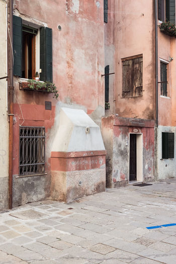 Abandoned Architecture Building Building Exterior Built Structure City Day Door Entrance Footpath House Nature No People Old Outdoors Residential District Street Venice Wall Wall - Building Feature Window