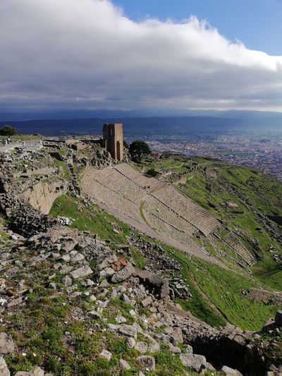 Ancient Civilization Ancient Architecture History Pergamon Attalos Dionysos Cult Architecture Hellenistic  Hellenisticperiod Hellenistic Antiquity Teatre  Scene Diazoma Nofilter Cloud - Sky No People Architecture Day Outdoors