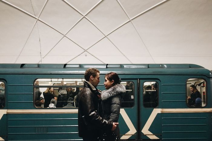 Lovers Two People Standing Togetherness Man Woman VSCO Vscocam City Burnmyeye Streetphotography Street Streetphoto Train Subway