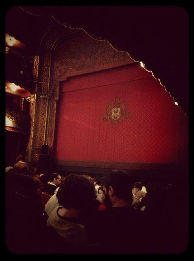 Vamos Al Teatro