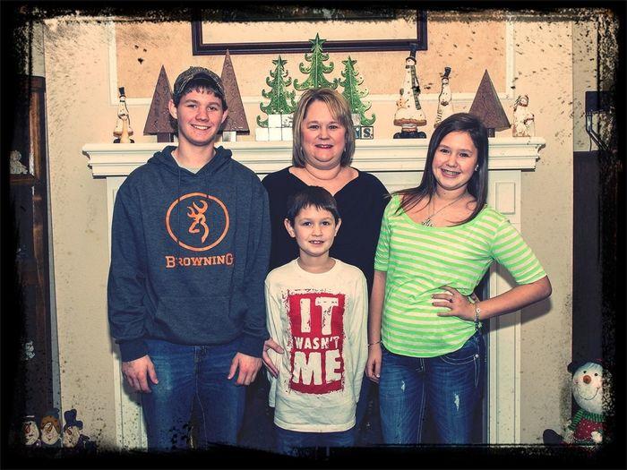 My Familyy <3 I Lovee Theem (: