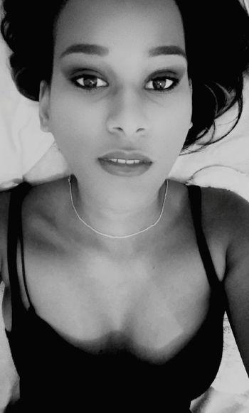 Blackandwhite Paradise Beauty Picoftheday That's Me Blackgirl Makeup Selfie ✌ Snapchat Happy Envoutante Envoûtant Follow_me Follow_me Smokey Eyes