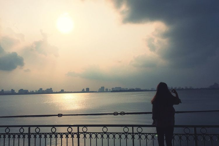Silhouette Real People Lake View Lake Taylake Hanoi Hanoi Vietnam  Vietnam Women Sky One Person Standing Sunset Lifestyles Rear View Beauty In Nature Cloud - Sky Nature Outdoors Water Railing Freestyle Goodday
