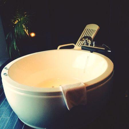 HEAL Bathroom Happy Days Relax Aroma