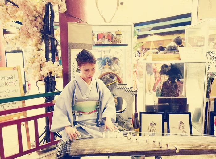 Dubai Japan Koto Japanese  Tradition Traditional Clothing Kimono Women Music Traditional Music Cherry Blossoms Playing Music Business Standing Business Finance And Industry