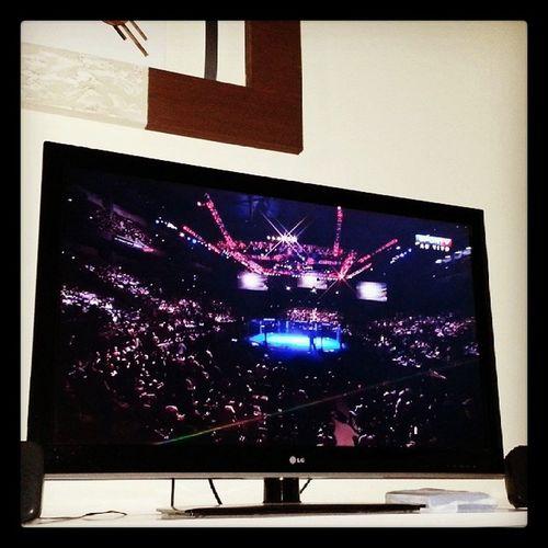 La vamos nós para mais uma luta UFC172