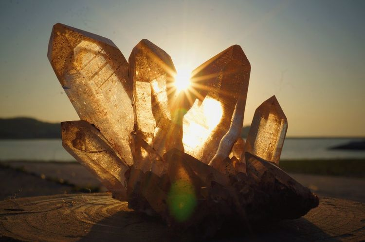 Crystal Crystals Quartz HealingCrystals Gemstones Sun Light Kristal Spiritual Spirit Spirituality
