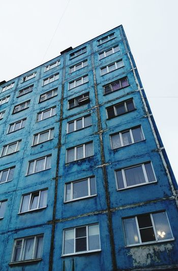 This Blue Block Of Flats Building in Murmansk constantly makes me think about modern Urban Life, enjoy and scare at the same time of it's Urban Geometry Architecture. Blue House BuildingPorn Urban Photography
